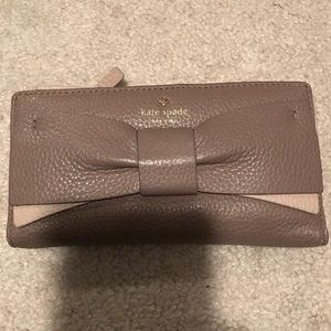 Kate Spade ♠️ Stacy Bow Wallet